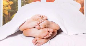 Почему во сне дергаются ноги