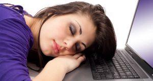 Десять способов побороть сонливость на работе