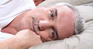 Бессонница у пожилых людей - причины и лечение