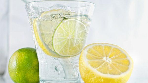 Вода с лимоном.