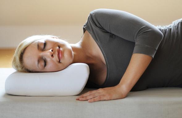 Правильная форма помогает расслабить позвоночник.